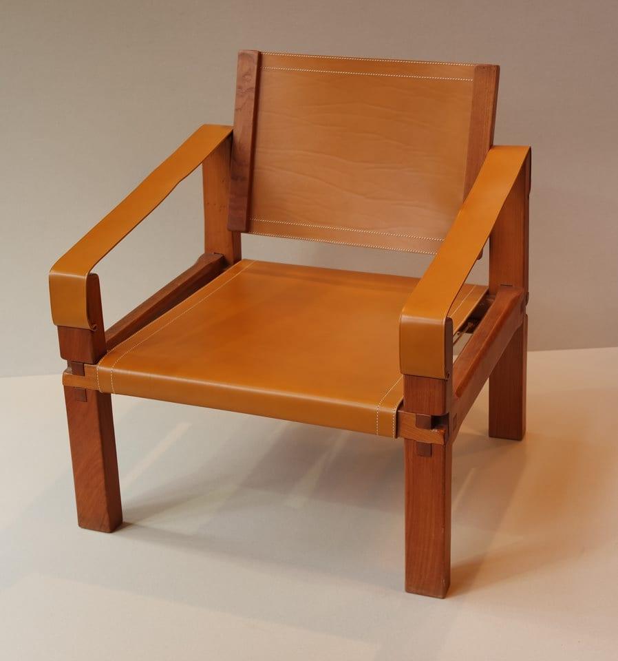 restauration d objets en cuir maison fey. Black Bedroom Furniture Sets. Home Design Ideas